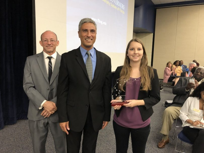 Prifeador Pat McDonald, LexisNexis VP for Technology Flavio Villanustre and New College Data Science Program alum Nicole Navarro ('18) received the SUS Business Champion Award at today's FL Board of Governors meeting.